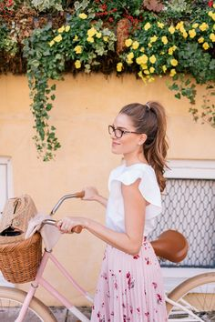 Vintage Summer Outfit Ideas To Looks Classic 74 Style Casual, Preppy Style, Feminine Style, Feminine Fashion, Glam Style, Preppy Outfits, Rave Outfits, Fashion Outfits, Womens Fashion