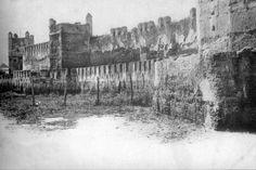 Fotos antiguas de Sevilla. - Página 4 Murallas romanas, sin datar.