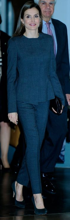 Actualidad de la Reina Letizia. Analizo el vestuario, accesorios y estilismos que luce la reina en cada acto.