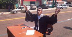 No Amapá, juiz protesta contra corrupção no meio de avenida