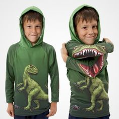 A clever design, the Raptor Kids Hoodie Shirt forms the head of a prehistoric creature when one elbow is crossed over the other. The Raptor kids hoodie shirts full-color graphics bring them to life. Be warned, you will have to contend with your kid running yelling, RAWRRR! (from @BoredPanda)