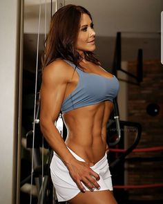 Great Abs www.OnlyRippedGirls.Com #Fitness #Gym #FitnessModel #Health #Athletic #BeachGirl #hardbodies #Workout #Bodybuilding