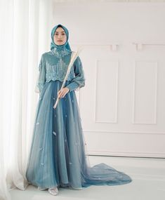 Dress Brokat Muslim, Dress Pesta, Muslim Dress, Hijab Gown, Hijab Dress Party, Abaya Fashion, Muslim Fashion, Fashion Dresses, Simple Long Dress