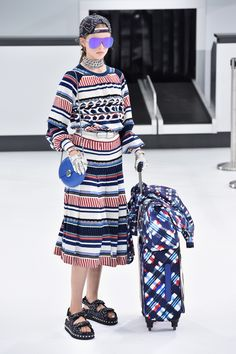 17 Bags You Have to See From The Chanel Spring 2016 Runway Show  - ELLE.com