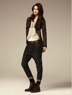 Fashion pictures or video of AllSaints S/S Women; in the fashion photography channel 'Advertising'. Drop Crotch Jeans, Androgynous Fashion, G Star Raw, All Saints, Autumn Winter Fashion, Fall Winter, Fashion Pictures, Boyfriend Jeans, Personal Style