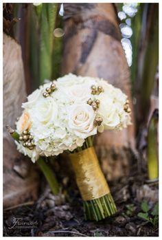 Bridal Bouquet | Grand Tradition Estate Wedding | Elegant Wedding | Southern California Outdoor Wedding Venue | San Diego Wedding Photographers | Jessica Van of France Photographers