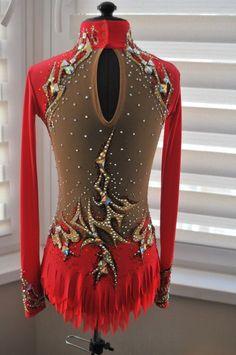 Купальники для художественной гимнастики. Lyolya Lyrical Costumes, Ballet Costumes, Black Noir, Rhythmic Gymnastics Leotards, Figure Skating Dresses, Ballroom Dress, Costume Design, Designer Dresses, Glamour