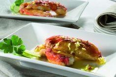 Receta de Cangrejo Real con lima y jengibre.        Ingredientes:     2 patas de Cangrejo Rojo Real Noruego, un trozo de raíz de jengibre de 1,5 cm. aprox., una guindilla (a gusto), 2 limas, aceite de oliva virgen, sal y pimienta.