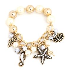 ocean charm pearl bracelet (99 NOK) ❤ liked on Polyvore featuring jewelry, bracelets, accessories, pearls, evening jewelry, pearl jewelry, holiday jewelry, charm bangles and charm jewelry