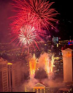 The High Roller Celebrates First New Year's Eve With Breathtaking Views of the Fireworks High A Top The World-Famous Las Vegas Strip - Dec 31, 2014 (Photo: © Erik Kabik / www.ErikKabik.com)