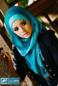 Stunning blue hijab...A hijab is a veil which covers the head which is particularly worn by a Muslim female beyond the age of puberty in the presence of non-mahram (non-related) adult males.