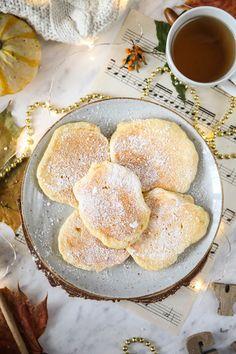 Placuszki z serka danio przepis Pancakes, Breakfast, Food, Morning Coffee, Essen, Pancake, Meals, Yemek, Eten