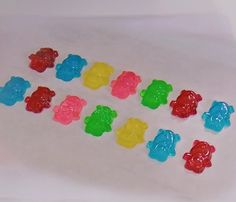 Easy Homemade Gummy Bears.   Note:  it doesn't say how many gelatin packs to us.