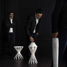 """Vu lors de l'exposition au Centre Pompidou à Paris, tabouret pliant """"One Shot"""" de Patrick Jouin, designer français (1967)."""