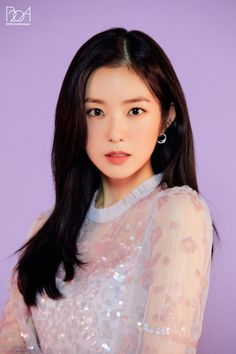 Seulgi, Kpop Girl Groups, Kpop Girls, Korean Girl Groups, Beautiful One, Looking Stunning, Red Velvet Irene, Red Velvet 1, Velvet Style