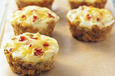 Get your hot and fresh egg muffin recipe here! With bacon bits and shredded cheese, our Stuffin' Egg Muffin recipe is sure to please anytime of the day. Kraft Recipes, Egg Recipes, Brunch Recipes, Cooking Recipes, Brunch Ideas, Yummy Recipes, Cooking Eggs, Kraft Foods, What's Cooking
