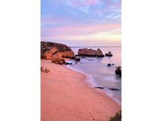 #VIAGGI #Vacanze 2013: l'estate #lowcost con la famiglia al mare, in montagna o all'estero! #Lagos, #Portogallo http://www.veraclasse.it/articoli/viaggi/hotel/vacanze-2013-lestate-low-cost-al-mare-e-in-montagna-con-la-famiglia/10577/