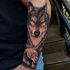 Wolf Tattoo Sleeve, Sleeve Tattoos, Future Tattoos, Tattos, Tattoo Ideas, Amazing Tattoos, Pai, Tattoo Sleeves, Arm Tattoo