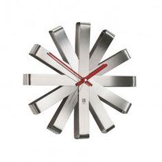 Horloge murale Ribbon Metal Umbra Design