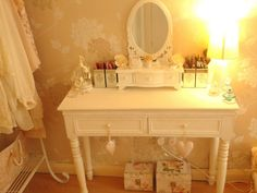 prettyglitterhearts · Beauty and Makeup Blog: Vanity Overview & Make-Up Storage
