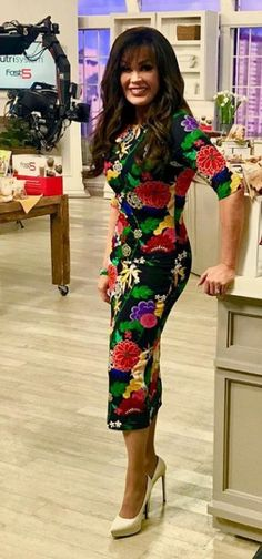 Cute Dress Outfits, Cute Dresses, Marie Osmond Hot, Osmond Family, Girl Posters, Sarcasm Humor, Beautiful Celebrities, Merlin, Girl Photography