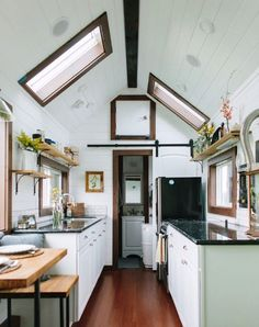 10 Terrific Tiny Houses You'll Want To Live In