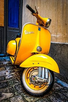 """The Vespa is a line of scooters patented on April 1946 by the company Piaggio Co, S. The name Vespa, which means """"wasp"""" in Italian, was chosen by Enrico Piaggio. Piaggio Vespa, Scooters Vespa, Motos Vespa, Lambretta, Motor Scooters, Scooter Scooter, Vintage Vespa, Vintage Cars, Vespa Retro"""
