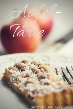 Wundervoll schnelle und einfache Äpfeltarte mit knusprigen Streuseln - leckeres Rezept bei mir auf dem Blog