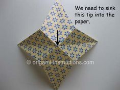 This is an elegant origami 8 pointed star that is perfect for the top of your origami christmas tree. Find out how to fold this beautiful origami star here. Origami Mouse, Origami Fish, Origami Stars, Origami Flowers, Origami Instructions, Origami Tutorial, Christmas Origami, Christmas Crafts, Origami 8 Pointed Star