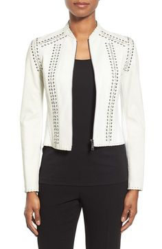 Alexis: Hot jacket!!