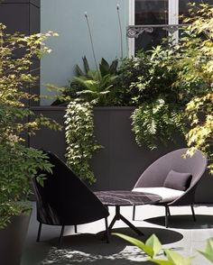 """130 Likes, 2 Comments - Casual Móveis (@casualmoveis) on Instagram: """"Pequenos ambientes podem ter grande conforto, e varandas e jardins também merecem móveis especiais,…"""""""