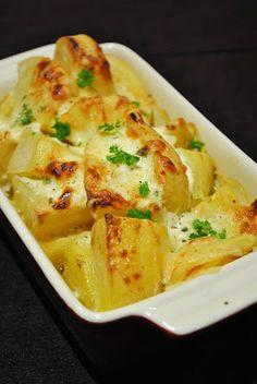 Küchenzaubereien: Ofenkartoffeln mit Ziegenrahm & Käse überbacken