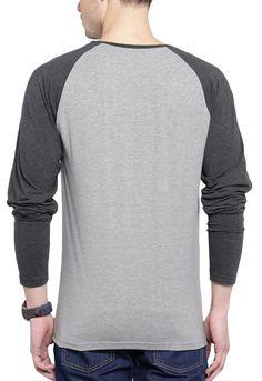 3b89a89516 Camiseta Manga Longa Wevans Atual Bolso Aplique Geometrico Cinza