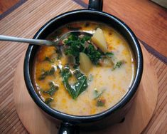 Olive Garden Copycat Zuppa Toscana - This soup totally blew me away. As a former Olive Garden employee who has the taste of Zuppa Toscana burned in my taste buds, I can truly say that my soup tonight came out as a PERFECT match Copycat Zuppa Toscana, Zuppa Toscana Soup, Zuppa Soup, Great Recipes, Soup Recipes, Cooking Recipes, Favorite Recipes, What's Cooking, Chard Recipes