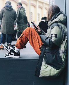 Void Nomadics Daily Streetwear Outfits Tag to be featured DM for promotional requests Tags: Urban Street Style, Street Style Women, Urban Outfits, Cool Outfits, Air Jordan, Reebok, Sergio Tacchini, High Fashion, Mens Fashion