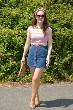 #looks #outfits #verano #summer #2017 #luztieneunblog #denimskirt #denim #verano #sumer #casual #fashionista #cita #findesemana #trendy #clase #compras #diario #chic #bandana #lady #azul #rosa #weekend #fashionblogger #trendy #tendencias