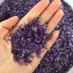 [Visit to Buy] happy family Natural Mini Amethyst Point Quartz Crystal Stone Rock Chips Lucky Healing natural stones Crystal Sphere, Amethyst Quartz, Clear Quartz Crystal, Pink Quartz, Amethyst Crystal, Natural Crystals, Stones And Crystals, Natural Stones, Healing Crystals