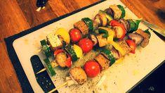 Zeleninový špíz se žampióny, uzeným tofu a cherry rajčátky Ratatouille, Tofu, Zucchini, Low Carb, Vegetarian, Vegan, Vegetables, Ethnic Recipes, Cherry