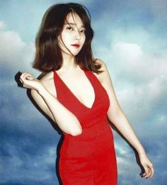 IU is known for her bubbly, bright image, but she can also go sexy! These are the 10 sexiest outfits that IU has ever worn. Korean Women, Korean Girl, Asian Girl, Sexy Outfits, Choker Outfit, Iu Fashion, Kpop Girls, Pink Dress, Cute Girls