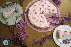 Rose cheesecake tart