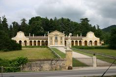 Andrea Palladio, Italian Villa, Georgian, Italy Travel, Wonders Of The World, Renaissance, Castle, Holidays, Mansions
