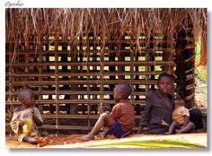 Carefree Kasaïan children - Mbuji Mayi, Kasai-Oriental - Democratic Republic of Congo