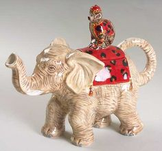 Elephant Figurine Teapot & Lid in Empire by Certified Int Corp. Porcelain Dinnerware, Porcelain Ceramics, China Porcelain, Painted Porcelain, Elephant Teapot, Elephant Figurines, Old Boats, Old Clocks, Tea Pot Set