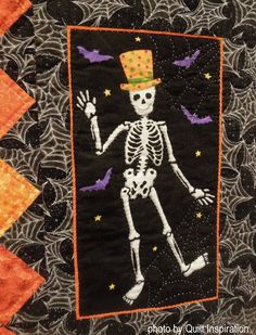 The Mexican holiday known as Día de Los Muertos (Day of the Dead) overlaps with the Western Hemisphere tradition of All Hallow's Eve ( Hal. Halloween Sewing Projects, Halloween Quilts, Halloween Fun, Mexican Holiday, Wool Applique, Day Of The Dead, Hallows Eve, Kids Rugs, Quilting