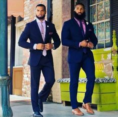 corporate outfit for men Dapper Gentleman, Dapper Men, Gentleman Style, Big Men Fashion, Mens Fashion Suits, Mens Suits, Black Men In Suits, Black Guys, Fashion Hats
