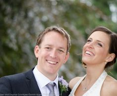 Laughing Bride and Groom | Danish Apple Photography