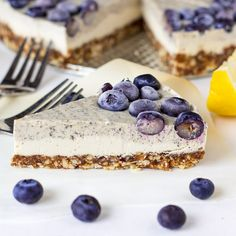 Earl-Grey-Infused-Lemon-Blueberry-Cheesecake-submissions-2