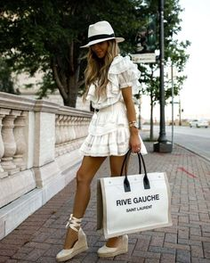 Espadrilles Outfit, Wedges Outfit, Castaner Espadrilles, Stylish Summer Outfits, Summer Dress Outfits, Vacation Outfits, Girly Outfits, Summer Fashion Trends, Spring Summer Fashion