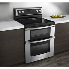 Shop Whirlpool 30-in Smooth Surface 5-Element 4.2-cu ft/2.5-cu ft Self-Cleaning Double Oven Electric Range (Stainless Steel) at Lowes.com