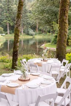 Outdoor Rustic Wedding Decor